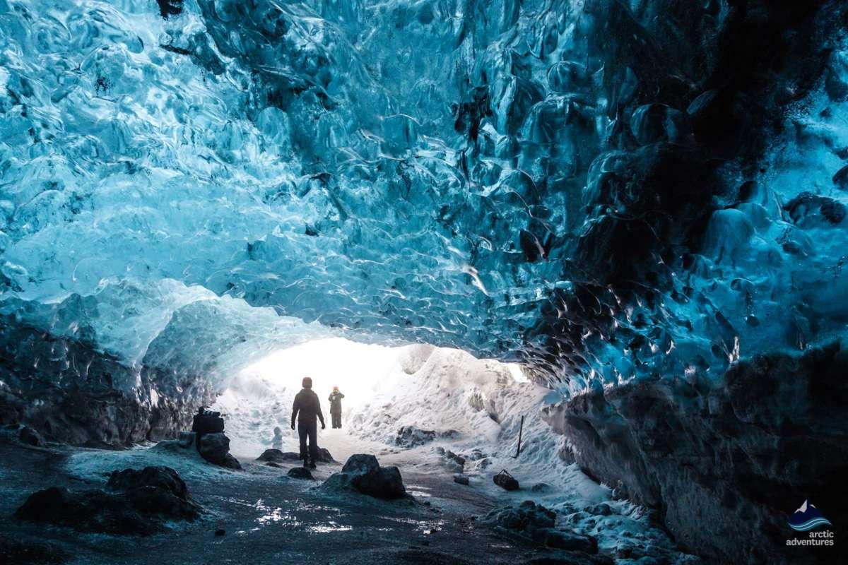 Crystal-Ice-Cave-Glacier-Iceland-6-1200x800