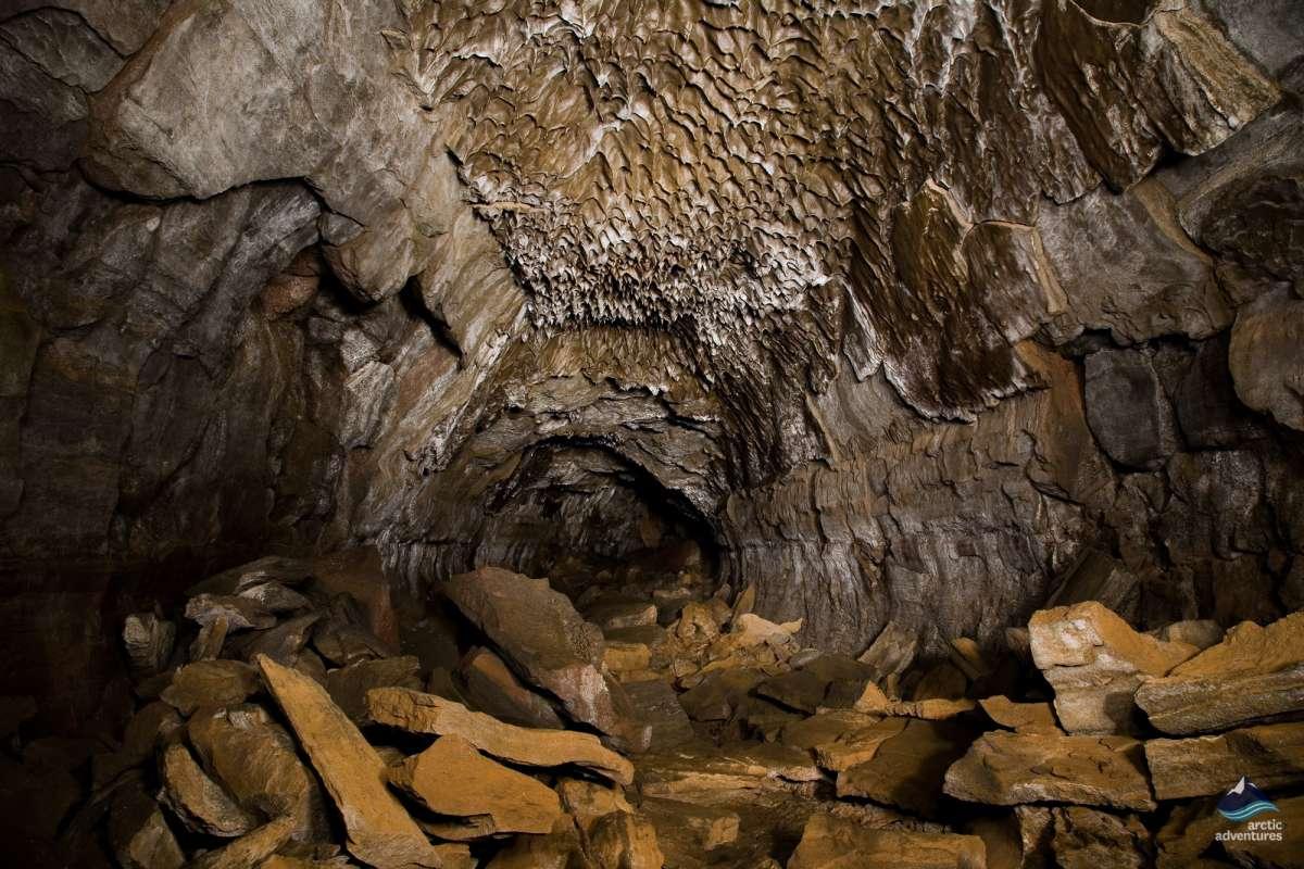 Lava-tube-caving-Iceland-6-1200x800