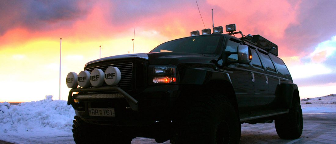 Activity-Iceland-Trucks-1100x473