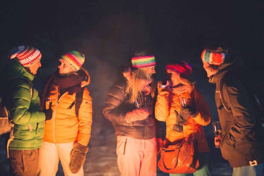 Volcano_Huts_Campfire-900x600