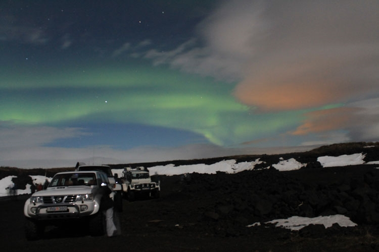 Northern Lights super jeep tour - www.aurorareykjavik.is