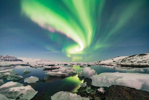 Northern Lights at the glacier lagoon Jokulsarlon